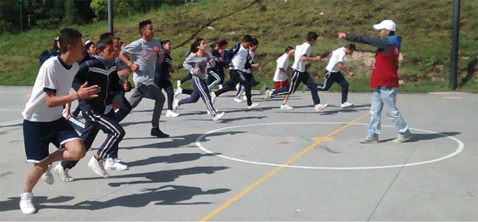 Relación sobrepeso y Actividad física en escolares
